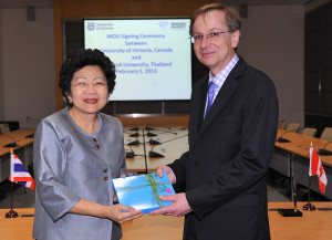 Allan Stichbury with Dr. Mathana Santiwat, President of Bangkok University