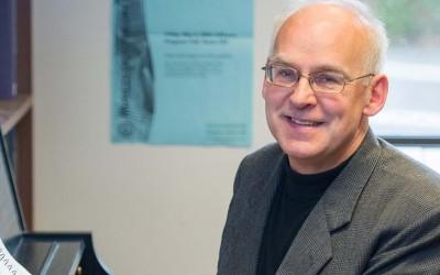 Harald Krebs wins Craigdarroch Award