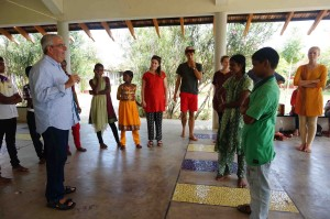 Dr Warwick Dobson addresses participants at the Isha School (photo: Blair Moro)